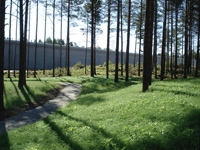 ТюрьмаHalden Fengsel внутри летом