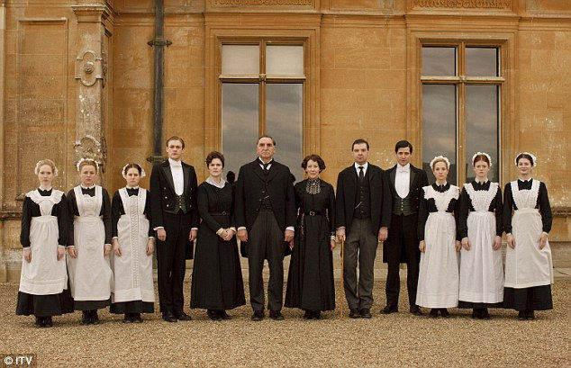 """Современные """"слуги"""" из британского сериала Downton Abbey's"""