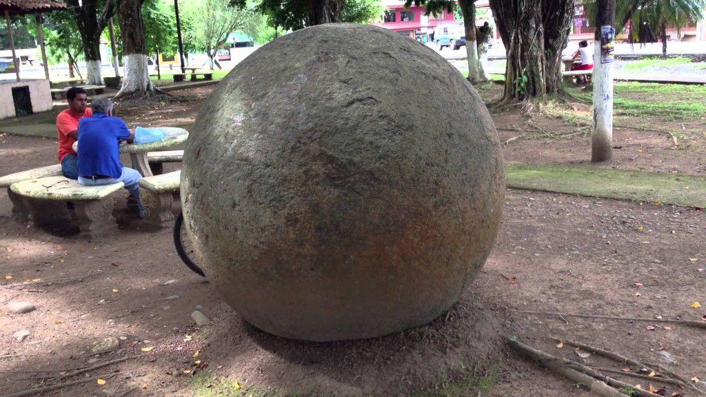 Каменный шар Коста-Рики
