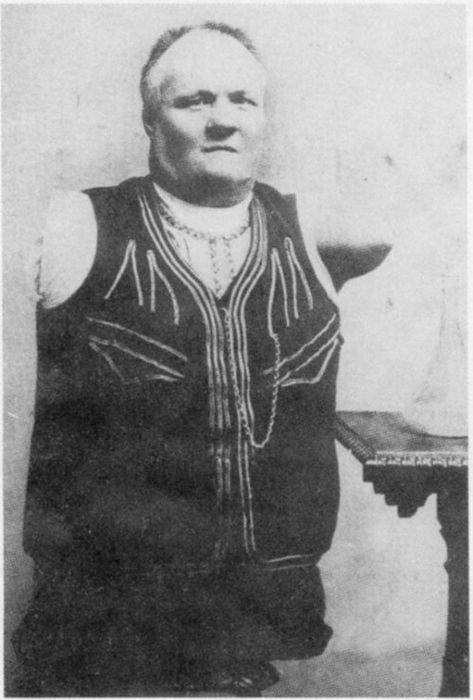 Кобельков Николай Васильевич - знаменитость без рук и ног