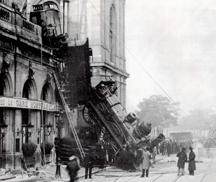 Летающий паровоз на вокзале Монпарнас в 1895 году