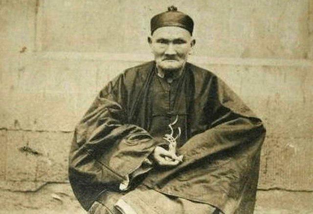 Самый долгожитель в мире за всю историю Ли Чинг-Юн из Китая