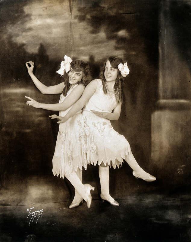 Сестры Хилтон - Дейзи и Виолетта (Daisy and Violet Hilton)