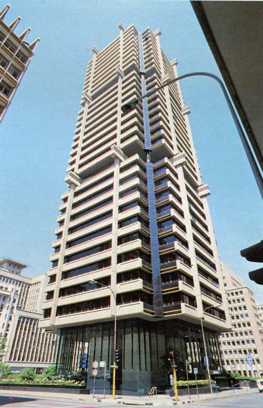 Строительство сверху-вниз: Standard Bank Centre