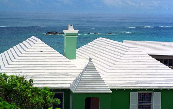 Белые крыши Бермудских островов