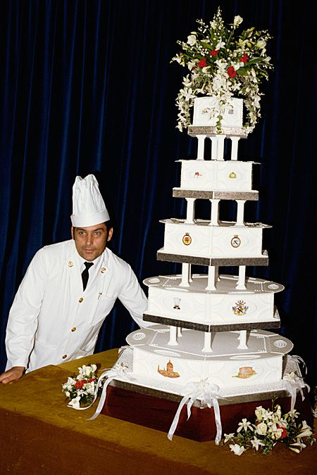 Свадебный торт принца Чарльза и принцессы Дианы