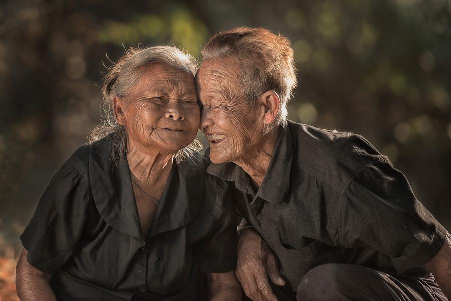 Долгая любовь (83 года). Автор фото: Саравут Интароб