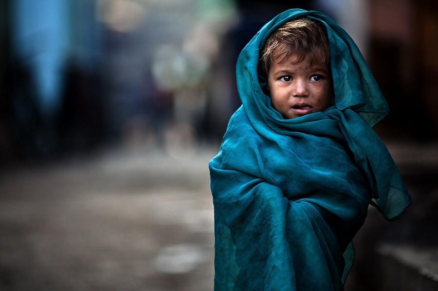 Один в трущобах. Автор фото: Алессандро Бергамини