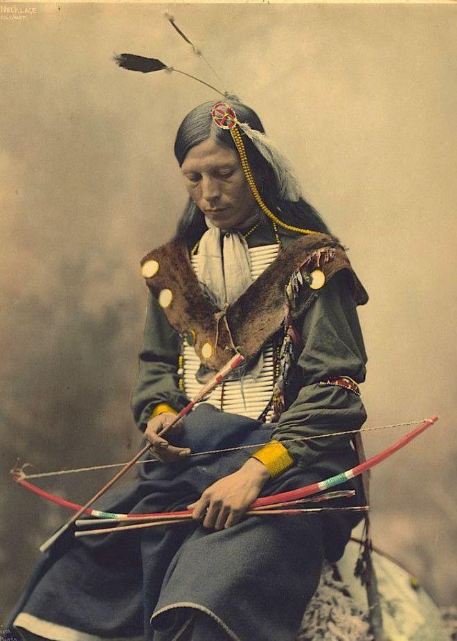 Костяное Ожерелье, вождь племени оглала-лакота, 1899