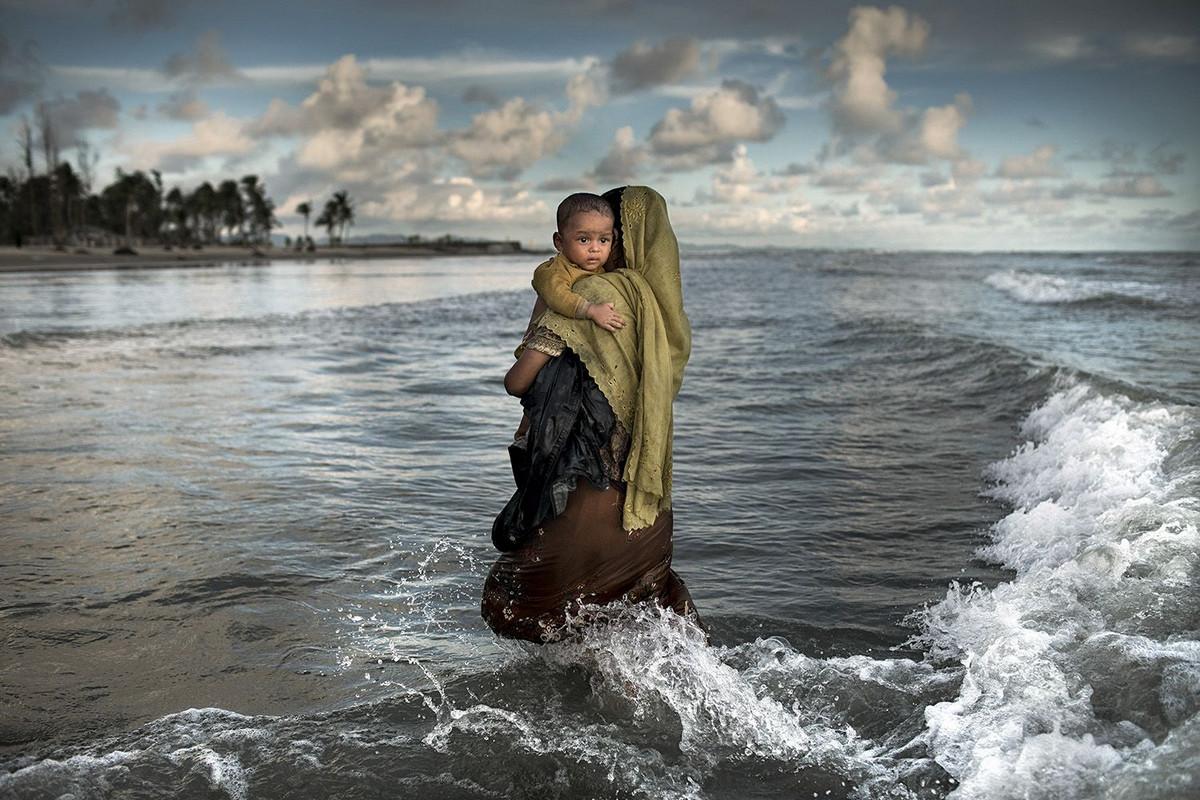 Исход рохинджа Автор фото: К М Асад.