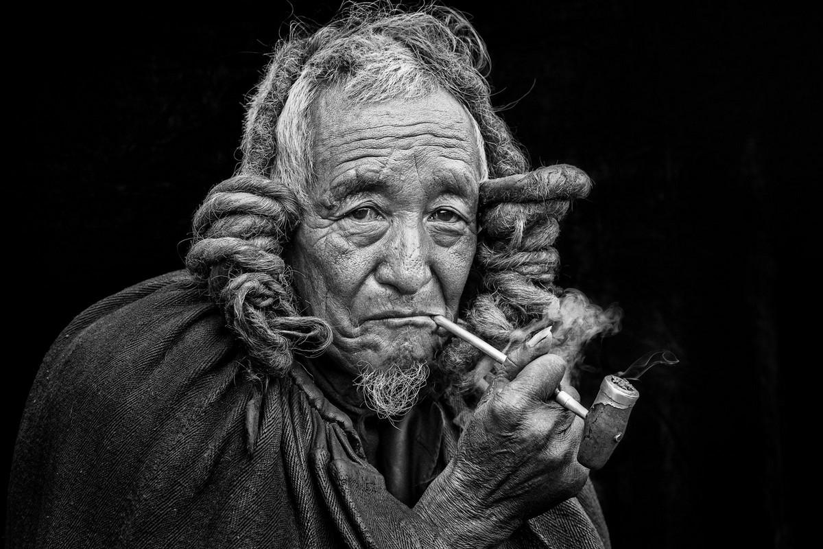 Старейшина (3 место) Автор фото: Сюэцзюнь Ся. Место: деревня Мейгу, провинция Сычуань, Китай.