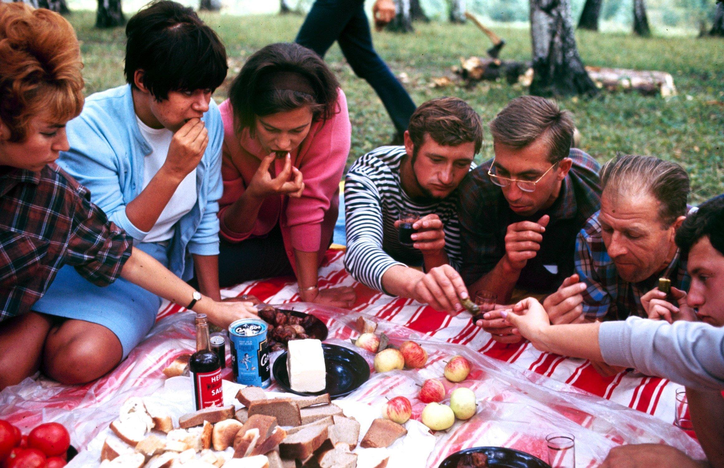 Советская молодежь СССР 1960-х годов