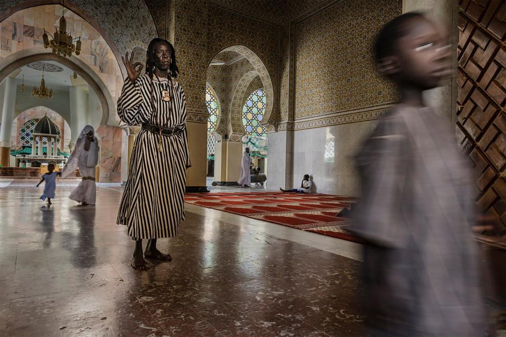 Главный победитель, портфолио. Автор фото: Стефано Пенсотти. Место: Мечеть в Тубе, Сенегал.