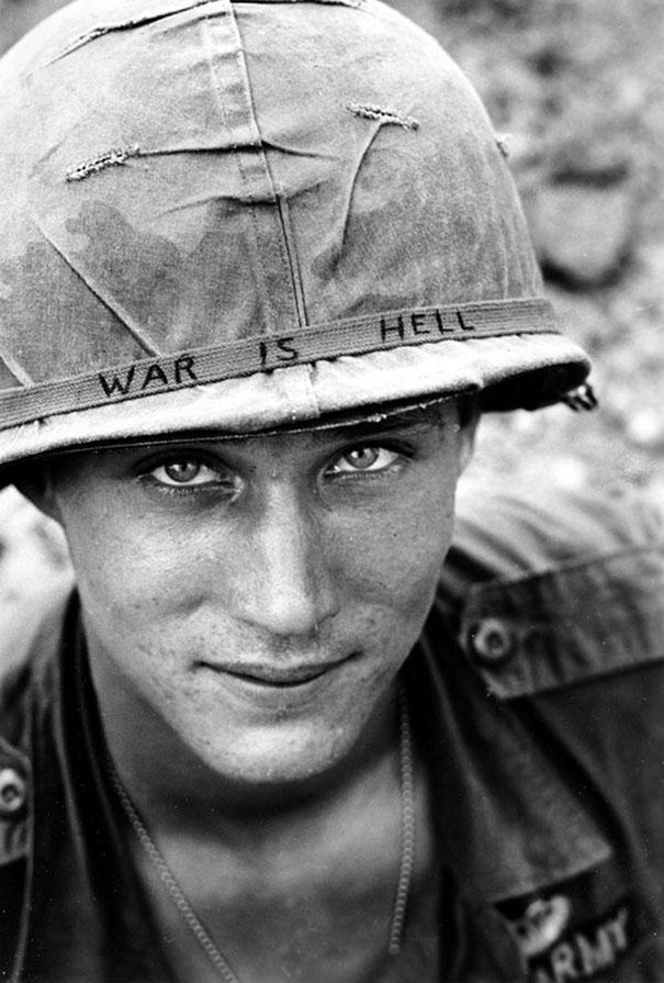 Неизвестный солдат во Вьетнаме, 1965 год. «Война — это ад».