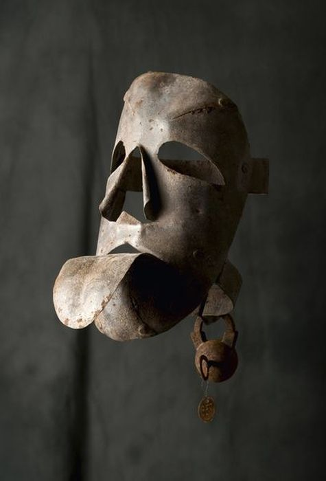 Орудия казни и пыток - пыточная маска