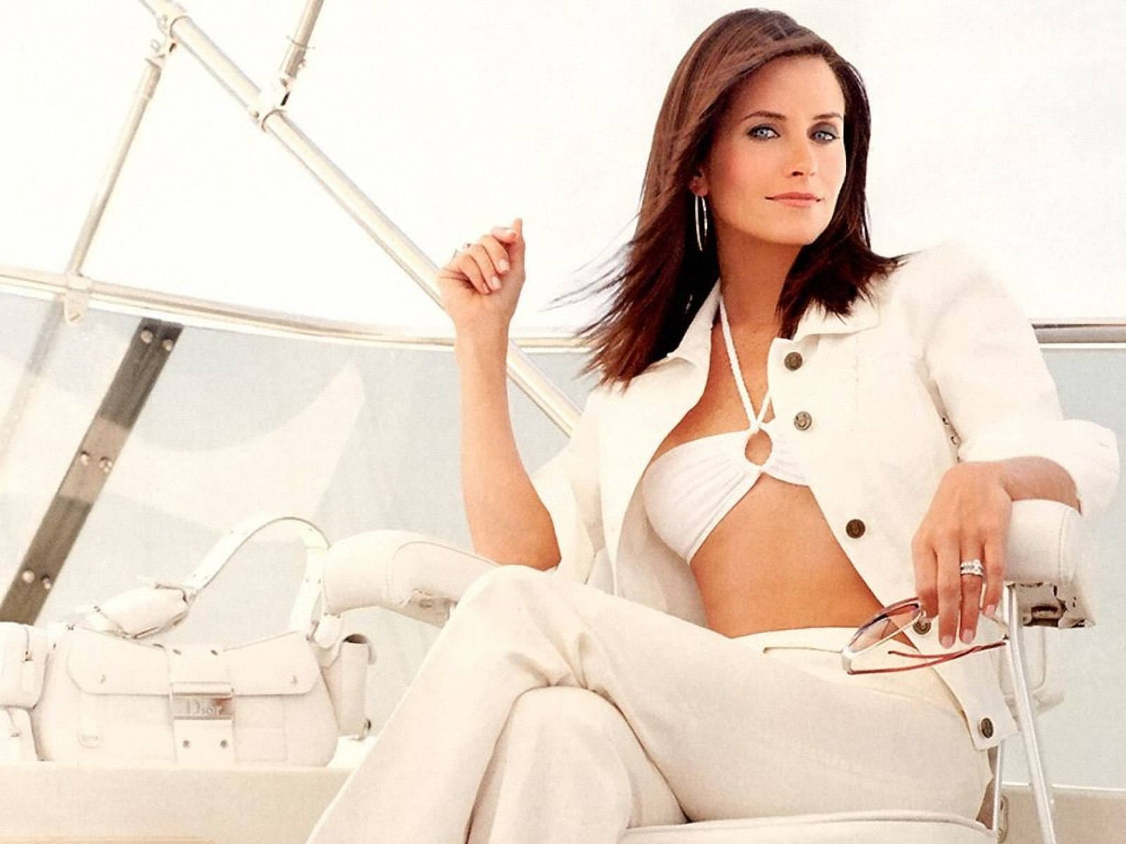 courtney-cox-hot