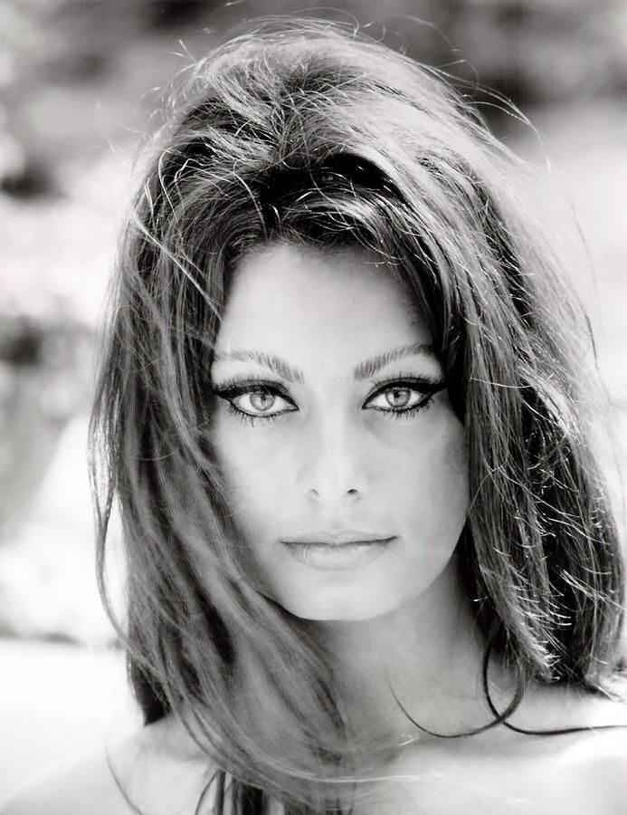 Софи Лорен (Sophia Loren), биография