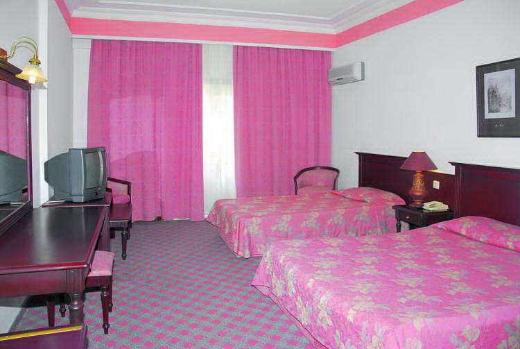 Kemal Bay Hotel 5