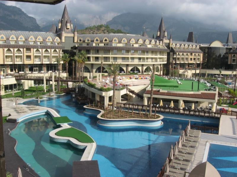 Le Chateau De Prestige Hotel