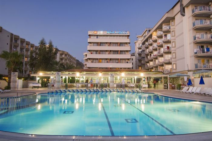 Mirabell Hotel 4