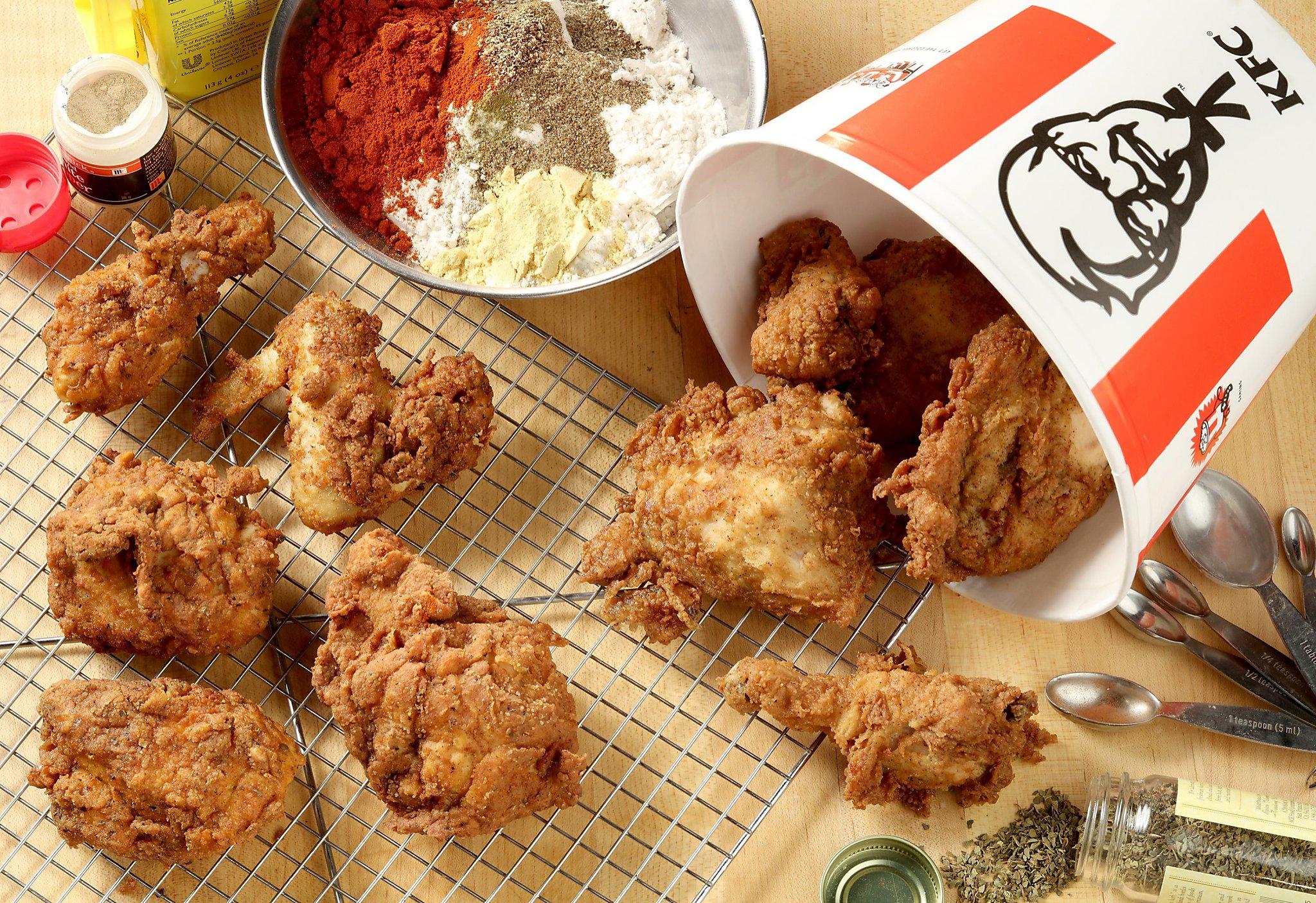 Рестораны KFC подают курицу