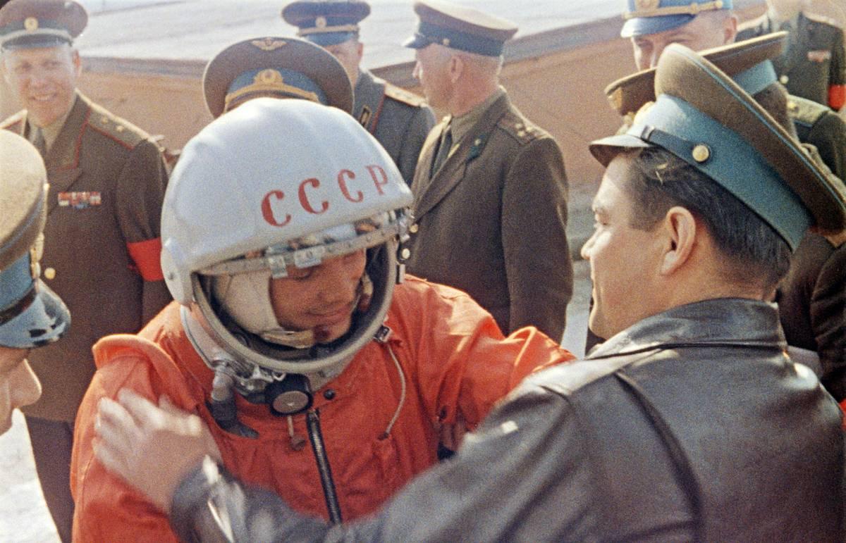 Гагарин - Дата 12 апреля 1961 года навсегда останется одним из ярчайших дней в истории человечества.