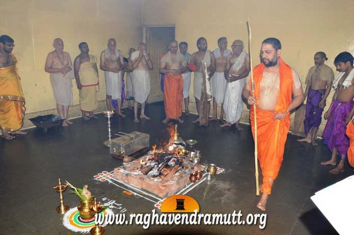 Клеймление верующих в Индии