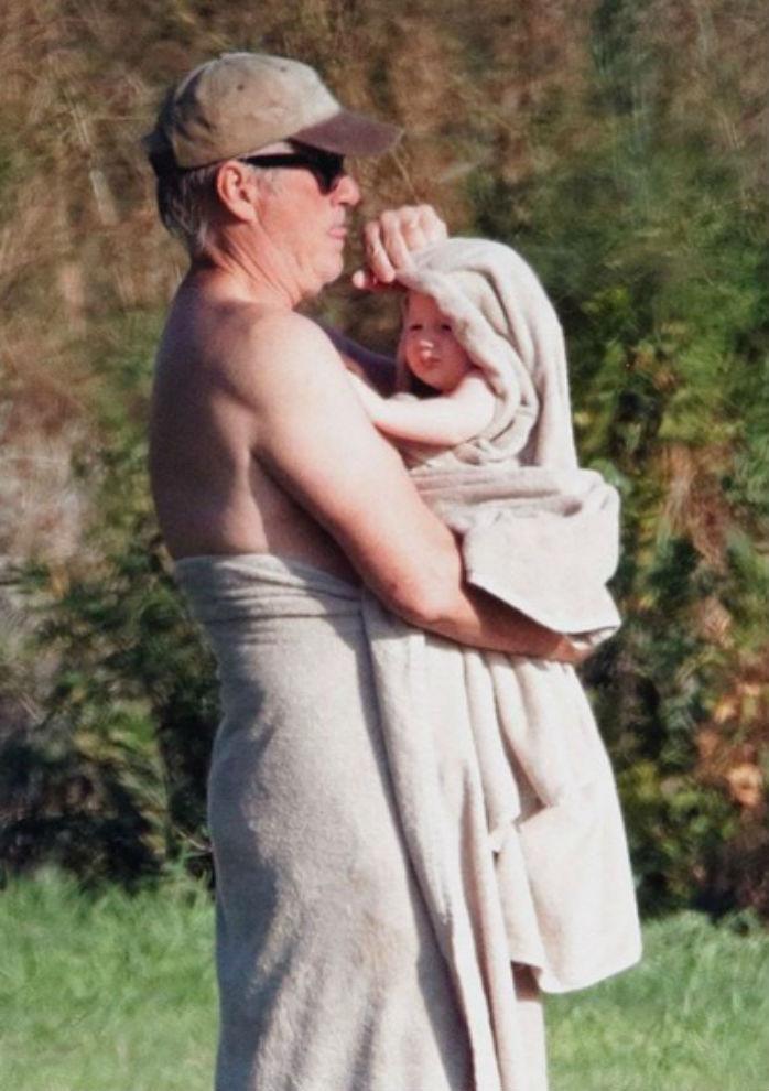 Ричард Гир с младшим сыном