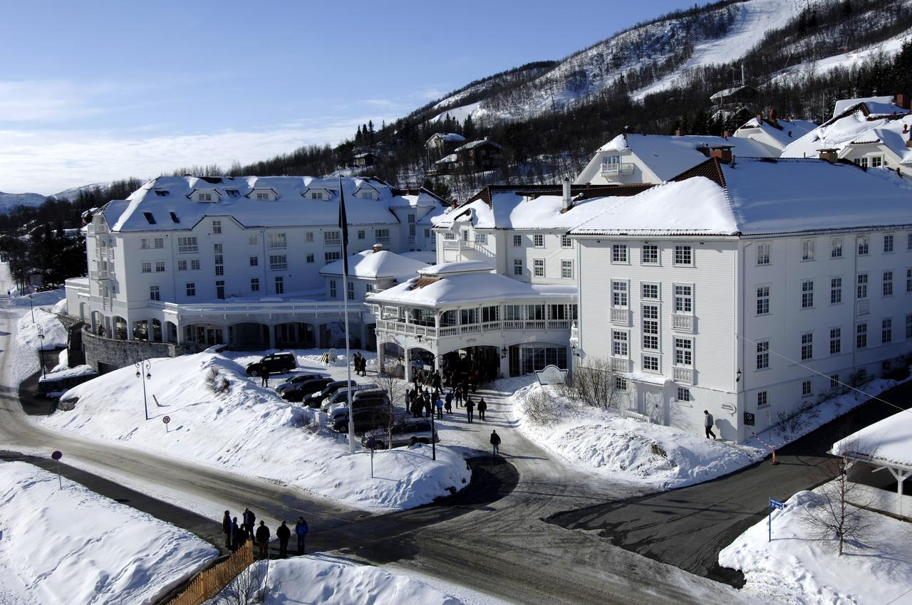 Dr. Holms, Норвегия