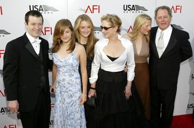 Мерил Стрип с мужем и детьми