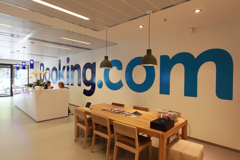 Сайт Booking.com перестал работать в Крыму