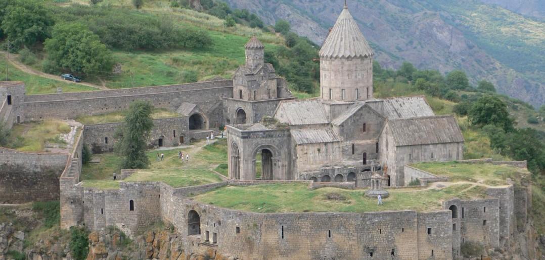 Армянская церковь выступила против автокефалии в Украине