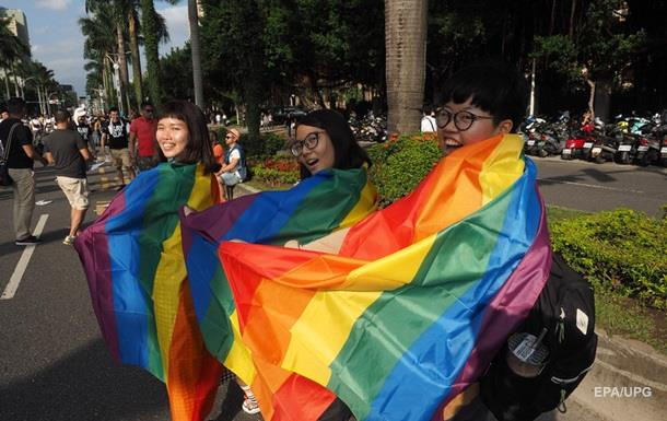 Права ЛГБТ впервые будут преподавать школьника Шотландии