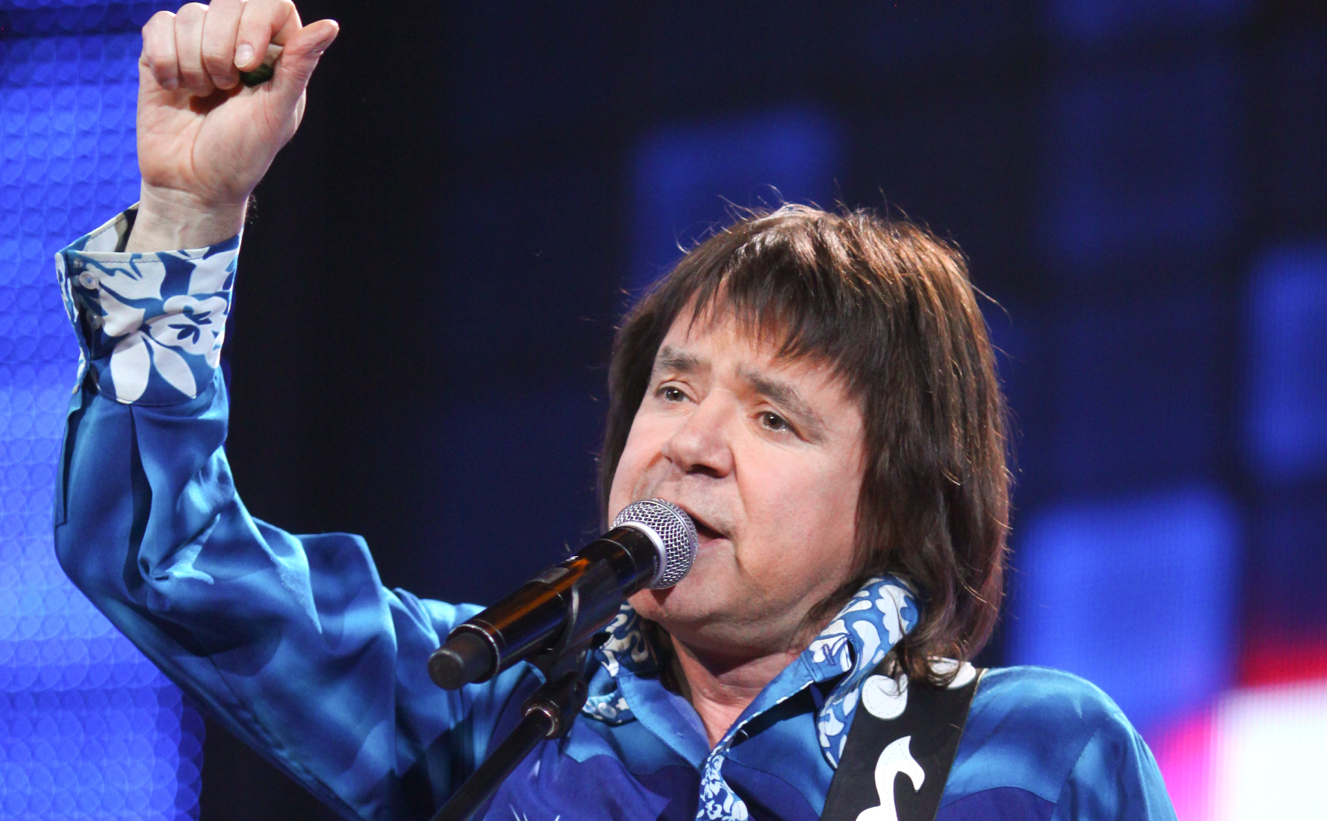 Скончался певец Евгений Осин, ему было 54 года