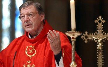 Казначей Ватикана получил шесть лет за насилие над детьми