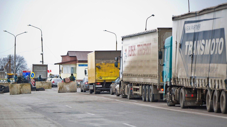 Путин снял запрет на транзит украинских товаров через Россию
