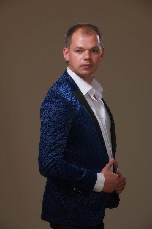 Алексей Брянцев, биография