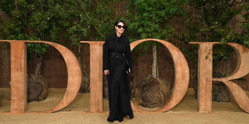 В Париже стартовала Неделя моды 2019 с показа Dior