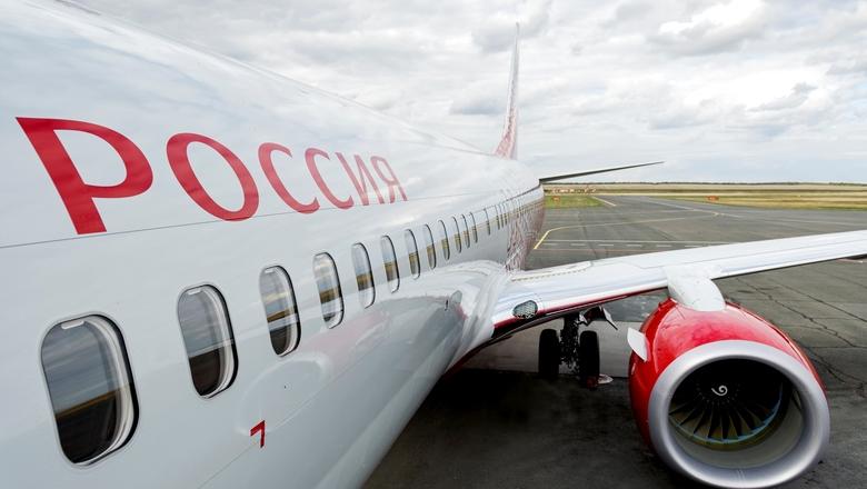 В Шереметьево у самолета авиакомпании «Россия» задымился двигатель