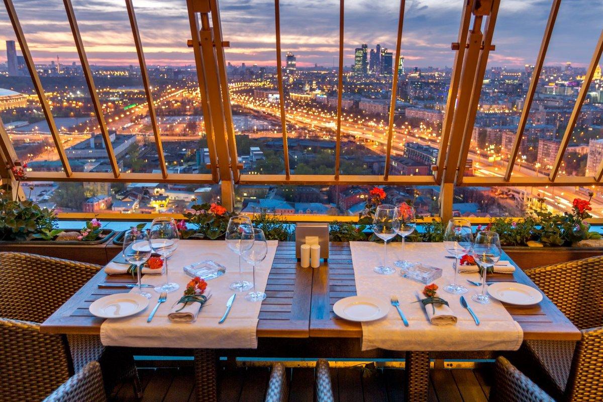 Рейтинг 10 самых необычных ресторанов и баров в России