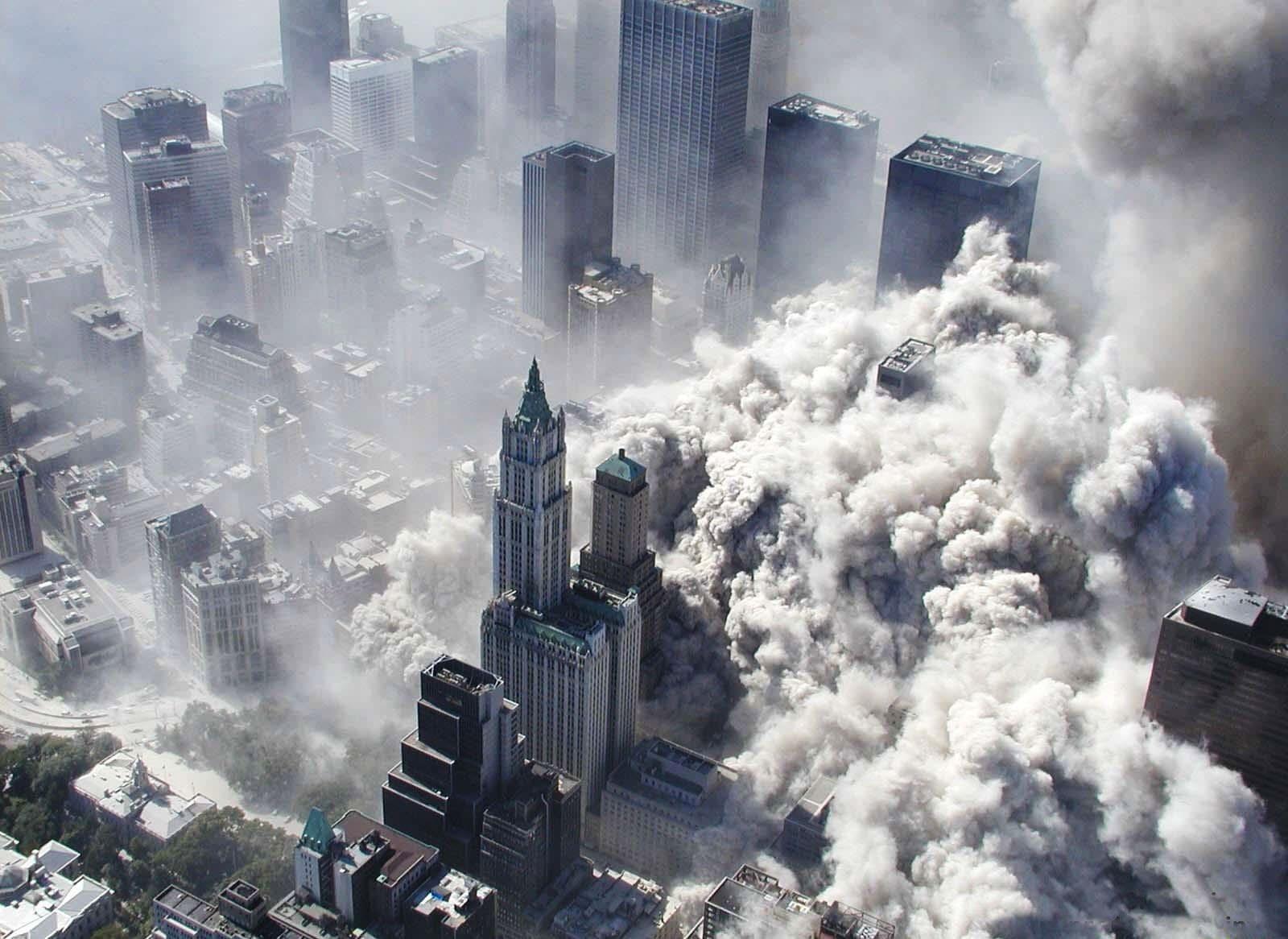 Нью-Йорк, США (2996 погибших)