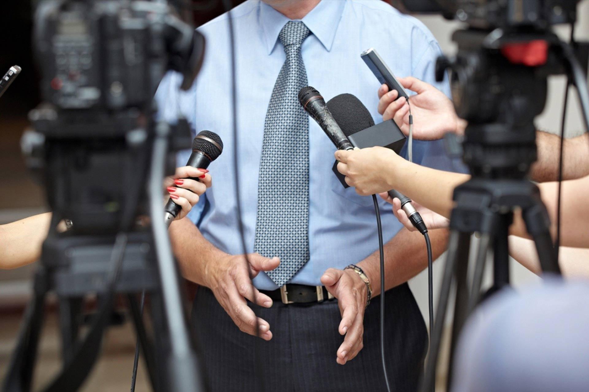 ТОП 8 мифов о работе журналистом